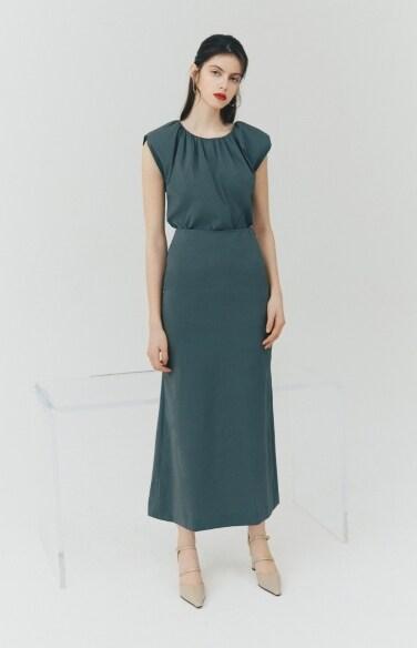 BLOUSE_padded sleeveless blouse