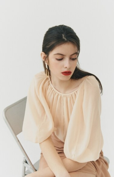 BLOUSE_see-through raglan blouse