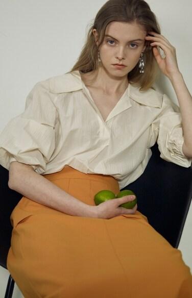 open collar puff blouse