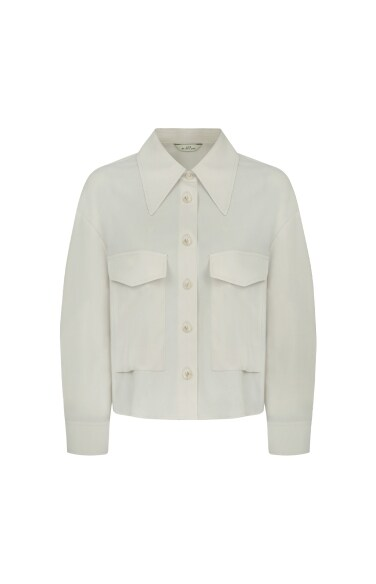 crop flap pocket shirts
