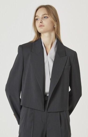 cropped blazer(박지현,한보름,최강희,이하나,진솔,고보결,이엘리야,한선화,나나 착용)