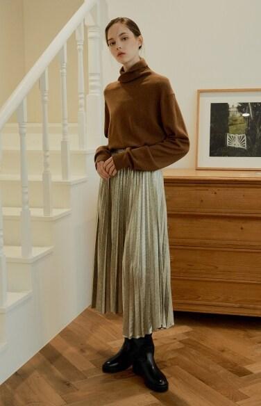 unbalance long pleats skirt