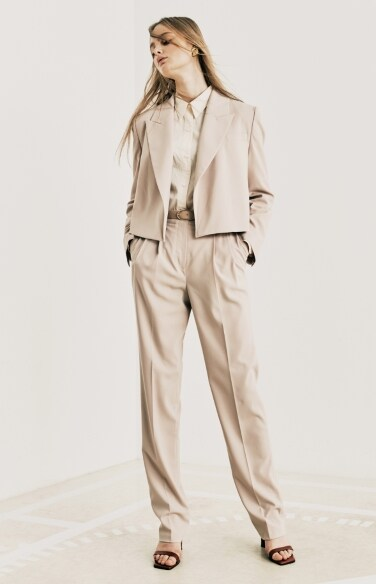 straight leg pants (w/ belt)(박지현,한보름,최강희,진솔,고보결,이하나,이엘리야,나나 착용)
