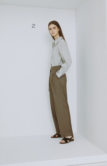 snap button pintuck pants