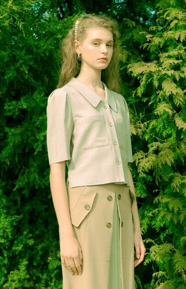 pactch pocket crop blouse