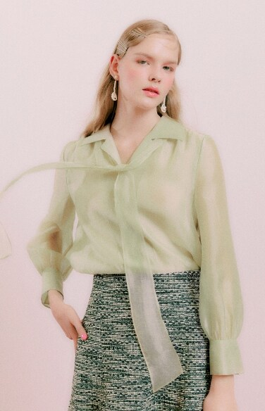 collar tie glossy blouse