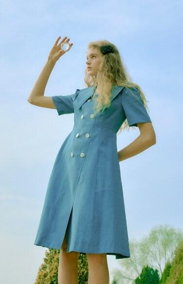 double botton puff sleeve dress