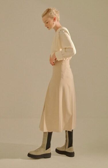 inverted pleats skirt