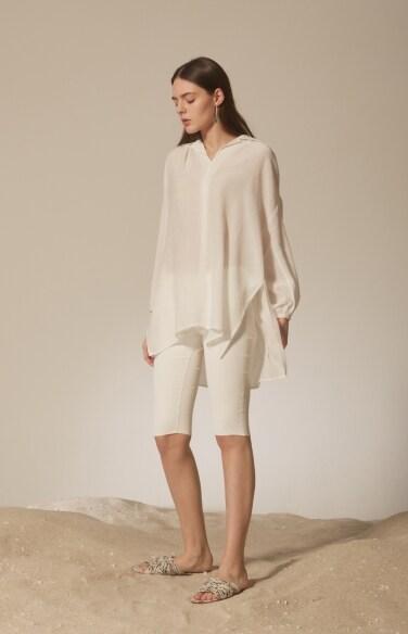 voluminous sleeve blouse