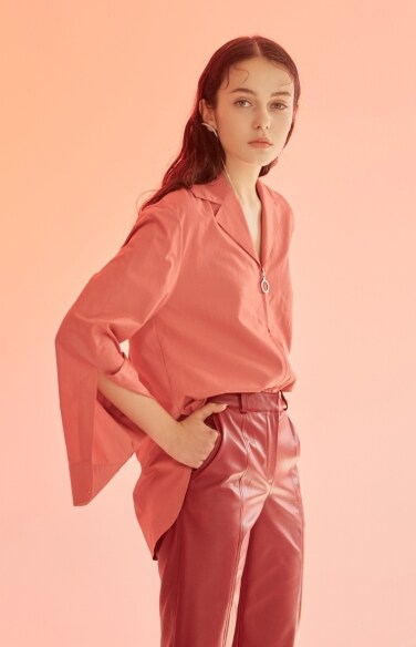 berry pulled shirt