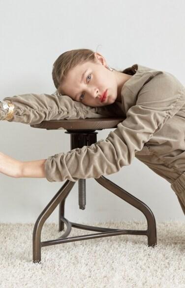 velvet shirring blouse