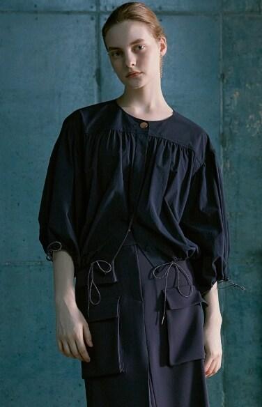 shirring crop blouse(고아성    착용)