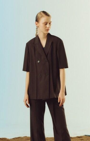 peaked lapel button blouse