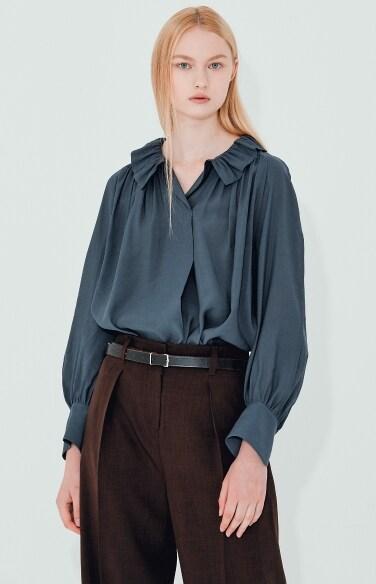 shirring neck minimal blouse