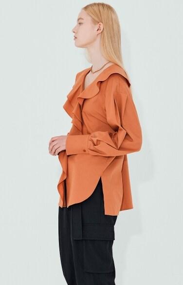 ruffle collar modern blouse
