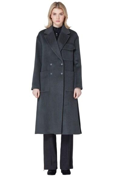 outpocket wool coat