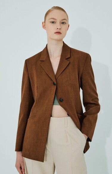 single button tailored jacket