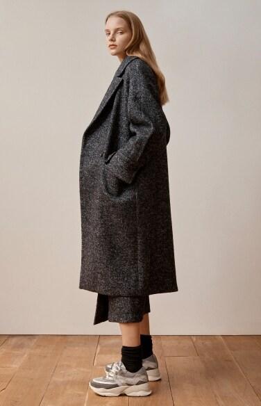 raglan sleeve oversize coat