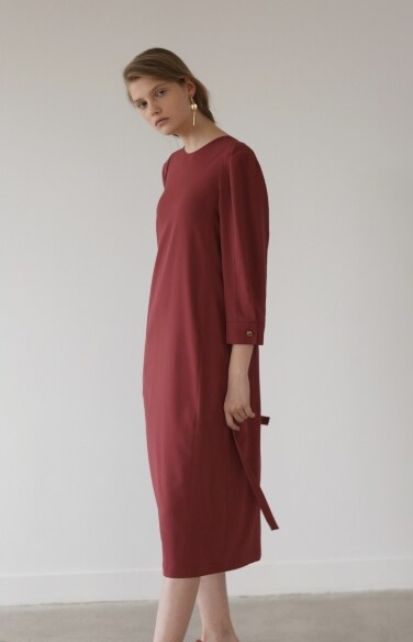 deep v-backline dress