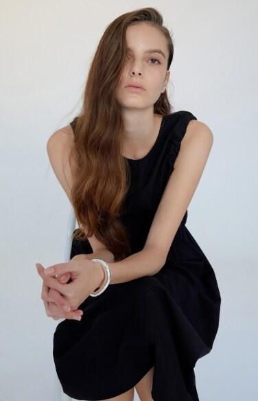 v-back sleeveless dress