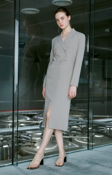 tailored midi dress(나나 보아 하니    착용)
