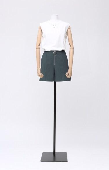 high-rise shorts pants