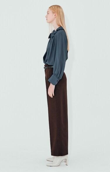 minimal pin tuck wide pants