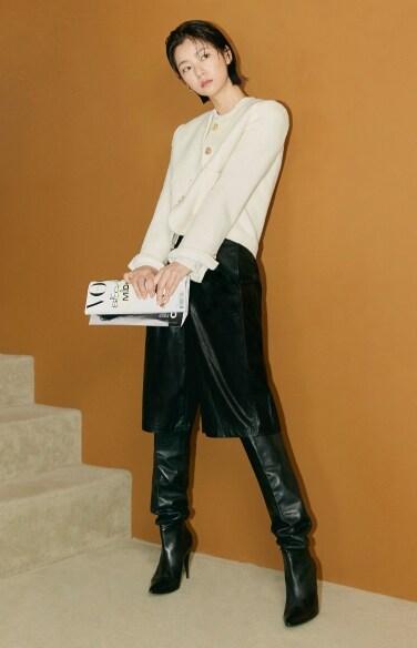 fake leather tuck pants