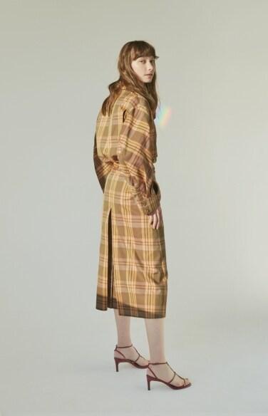 back pleated A-line skirt