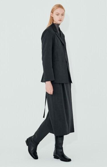 two tuck semi skirt