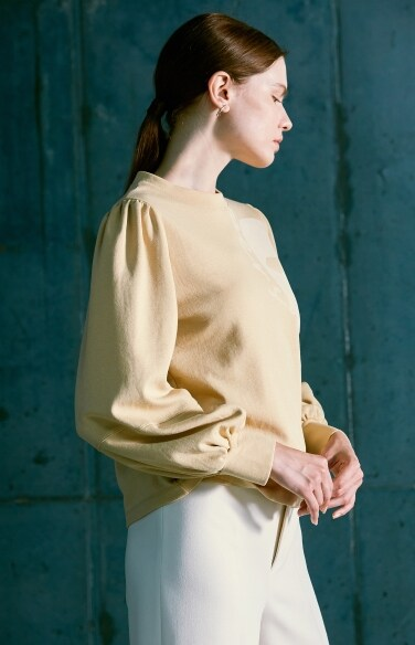 shirring sleeve t-shirt